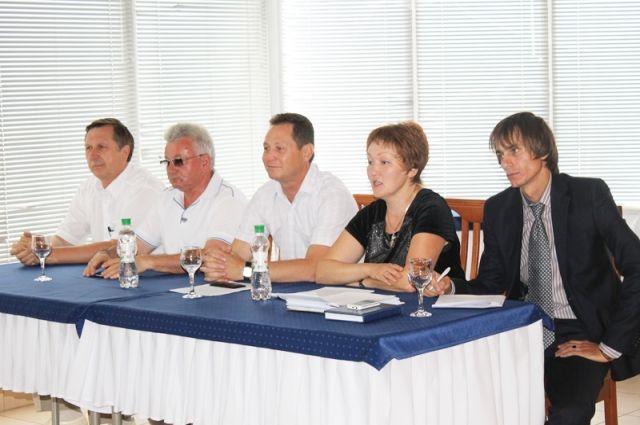 На встречах фермеры Николаевского района обсуждают актуальные задачи и способы их решения.