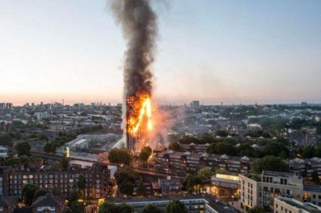 Робби Уильямс иСелин Дион запишут сингл ради жертв пожара встолице Англии