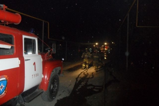 В Пуровском районе горел «КамАЗ»: повреждена кабина и два колеса
