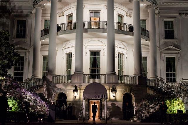 Белый дом не обладает информацией о первой встрече Путина и Трампа