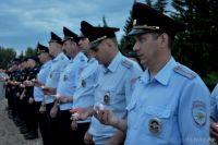 Полицейские почтили память воинов.