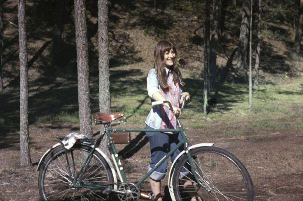 Наталья Варлей в роли Тани, дочери профессора Левандовского, в фильме «Сегодня или никогда» Игоря Усова, 1978 год.