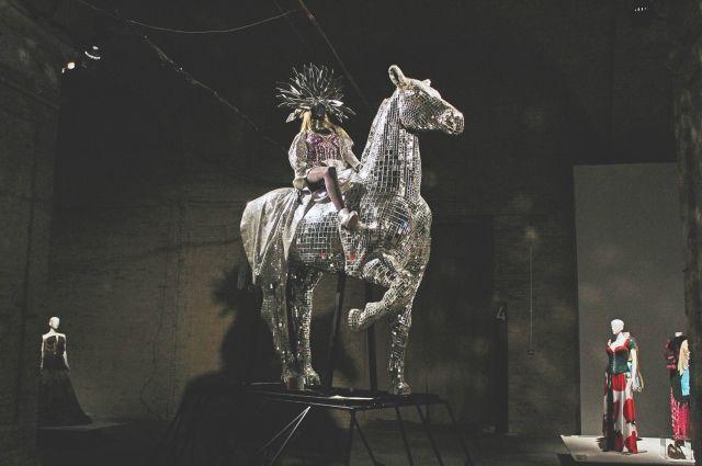Конь Оли Поляковой