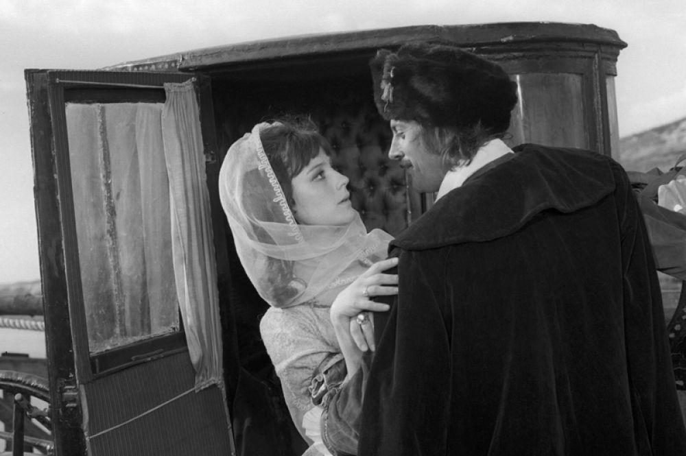 В фильме «Дмитрий Кантемир» в роли Родики, дочери боярина Йордаке Русета, 1973 год.
