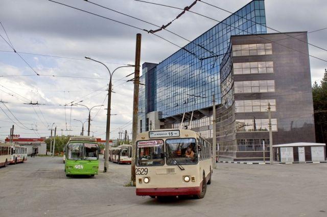 Власти Челябинска нанеделю ограничили движение вдоль улицы Молодогвардейцев