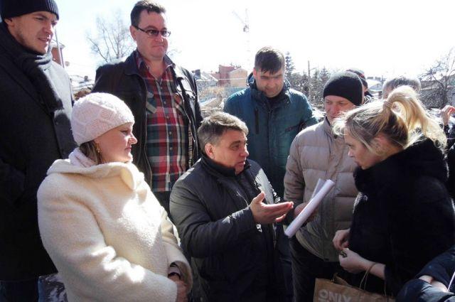 Николай Кондратьев уже знакомился с дольщиками в другой должности.