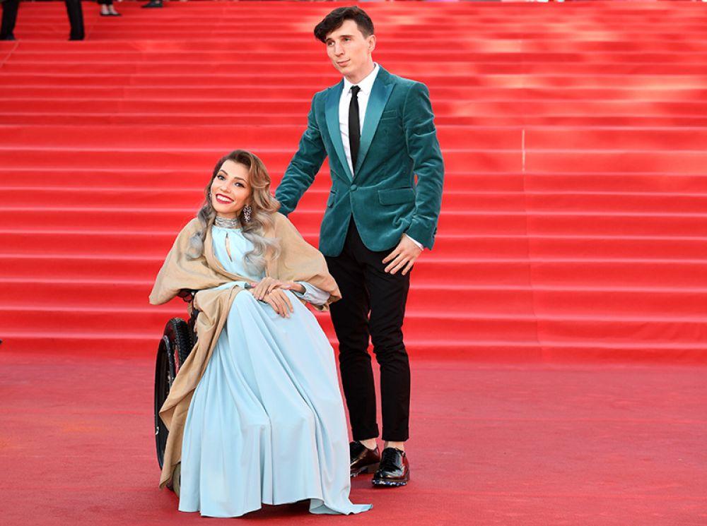 Российская певица Юлия Самойлова и её супруг, музыкант Алексей Таран.