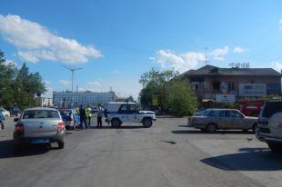 В обеспечении охраны общественного порядка приняли участие сотрудники полиции.