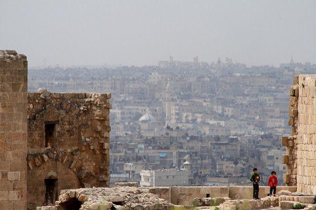 В Алеппо новую поликлинику построили за два месяца