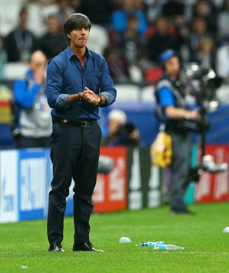 Главный тренер немецкой сборной Иоахим Лёв вывел на поле второй состав команды.
