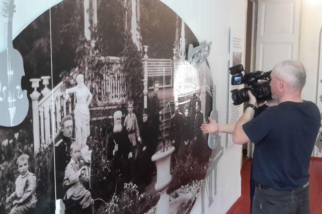 В Генеральском доме представлены уникальные фотографии семейного архива Новиковых.