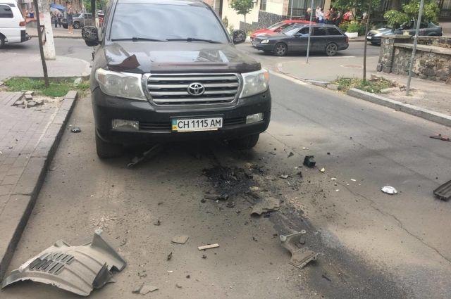 На месте взрыва автомобиля