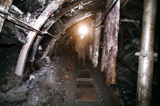 В Коми спасли горняка, пострадавшего при обрушении на шахте