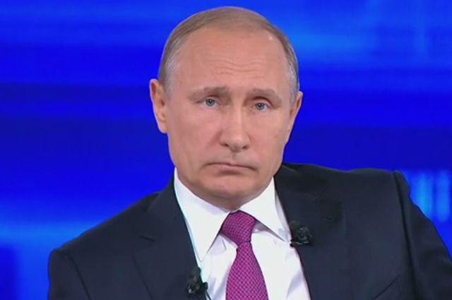 Путин прилетел на судно, занятое в строительстве «Турецкого потока»