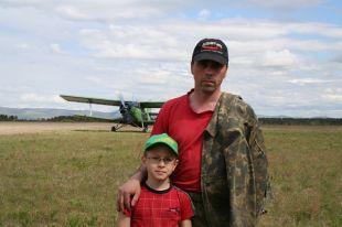 В первый раз Александр Корешков взял сына в полёт на параплане, когда ему было четыре с половиной года.