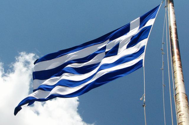 Moody's впервые за два года повысило долгосрочный рейтинг Греции