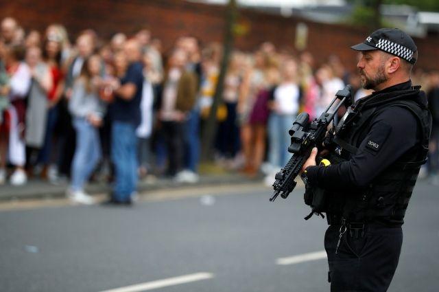 СМИ: террорист из Манчестера узнавал о методах изготовления бомбы в YouTube