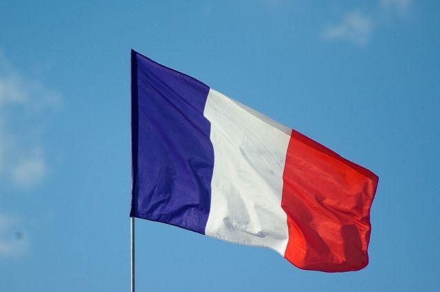 Париж представит осенью проект всемирного пакта взащиту окружающей среды