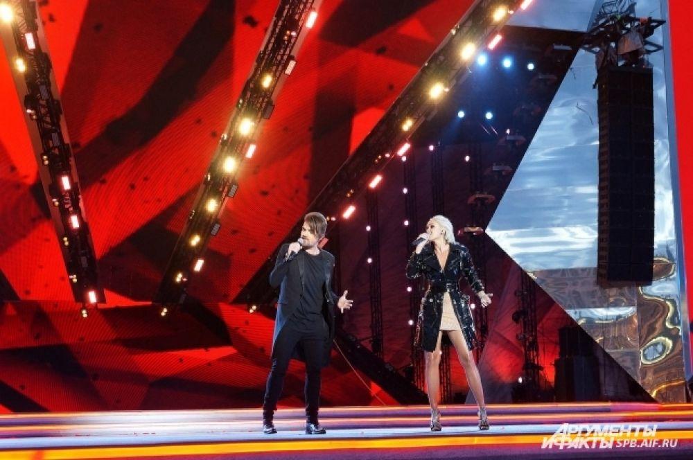 Зажигательный дуэт Александра Панайотова и Ксаны Сергиенко никого не осатвил равнодушным.