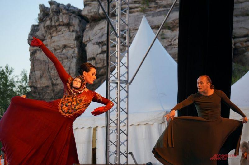 Постановка театра Панфилова отличается от классической. В спектакле появился новый персонаж – королева Маб.
