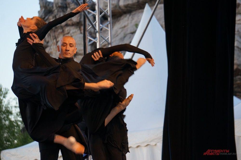 Спектакль на музыку Прокофьева начнался в 21.30.