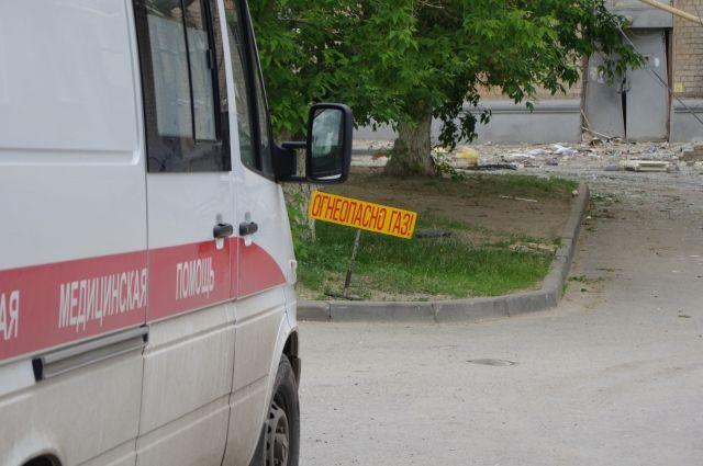 В Новокузнецке пьяный 68-летний мужчина выпал из окна.