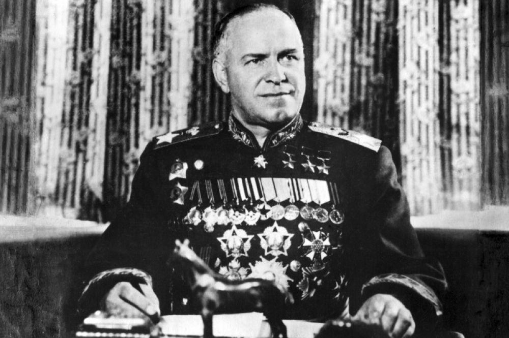 12% отдали свой голос маршалу Георгию Жукову.