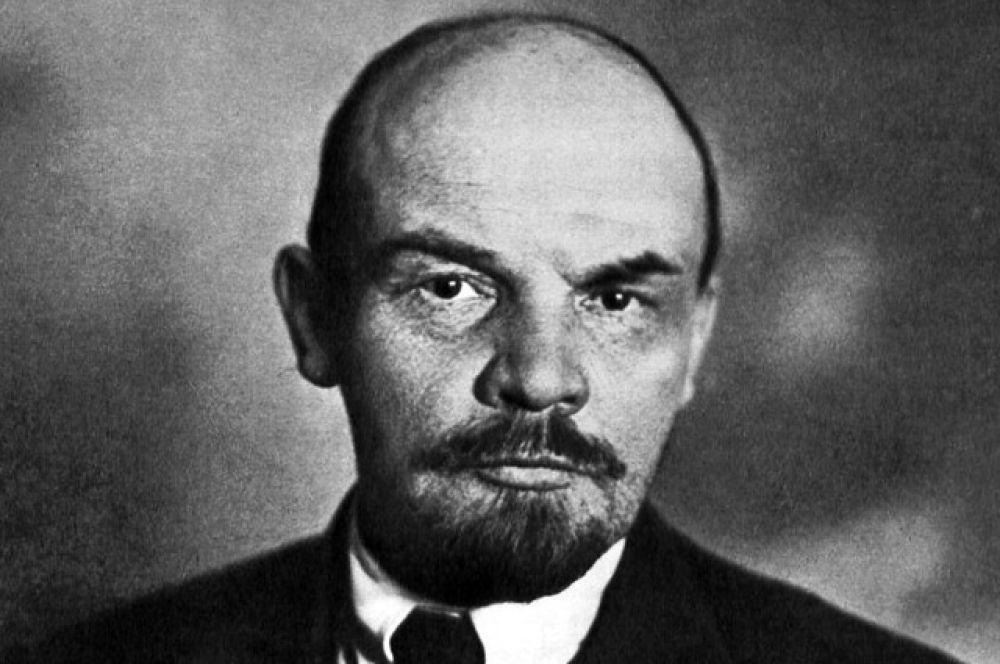 32% проголосовали за Владимира Ленина.