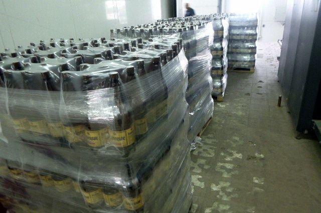 Из Смоленска в Калинингра пытались тайком провезти 2,6 тонны пива.