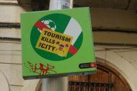 Барселонцев мучают две проблемы: безработица (13,4% от всех опрошенных), на втором месте идут туристы (8,1%).