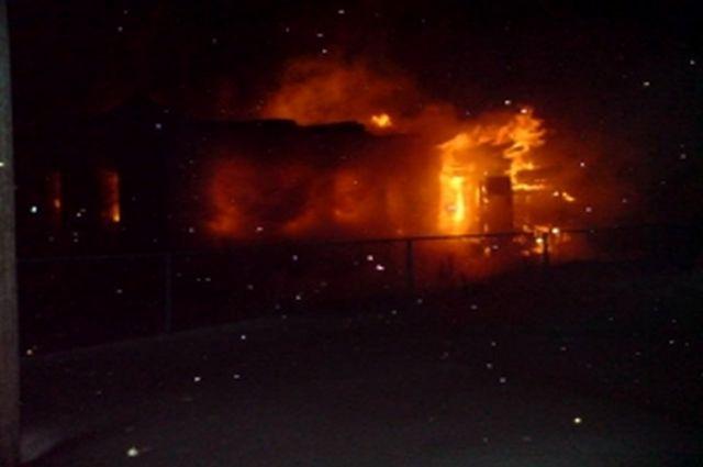 Вцентре Рязани сгорел двухэтажный дом