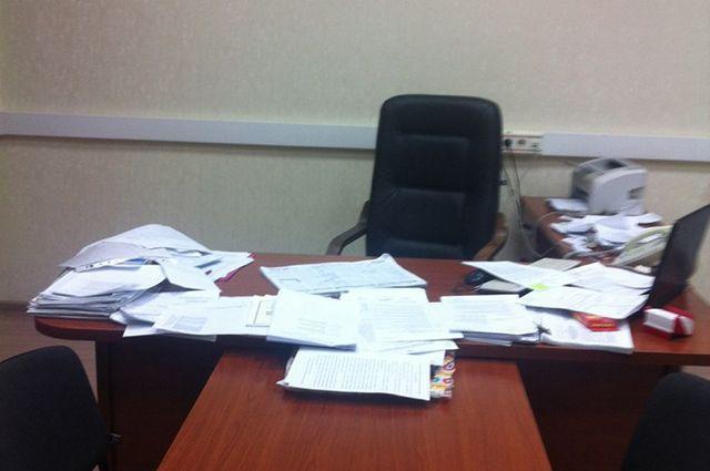 Силовики изымают документацию