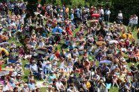 Ежегодно на празднике собираются от 7 до 20 тысяч туристов со всей России.