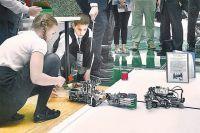 Юные конструкторы из «атомных» технопарков защищали свои проекты перед Большим жюри.