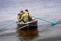 Больше половины погибших - рыбаки, которые выпали из лодок.