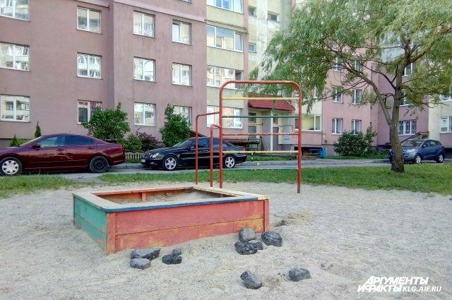 В Калининграде 6 часов искали пропавшего с детской площадки ребенка.