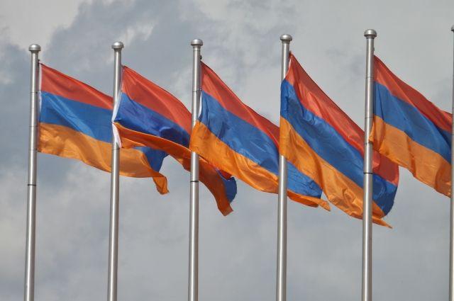 Армения не исключает участия в военной миссии в Сирии