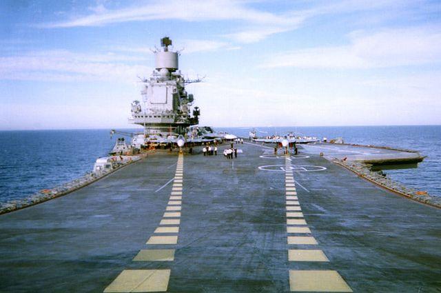 Авианосец «Адмирал Кузнецов» получит новую систему связи после ремонта