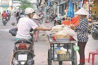 За 10 лет национальная валюта (донг) «просела» к доллару всего на 20% - партия сурово следит за стоимостью основных продуктов.
