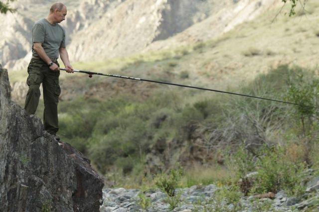 У Путина не запланировано отпуска до сентября, сообщил Песков