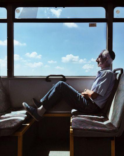 1 место в категории «Люди» — Мужчина в автобусе, Израиль.