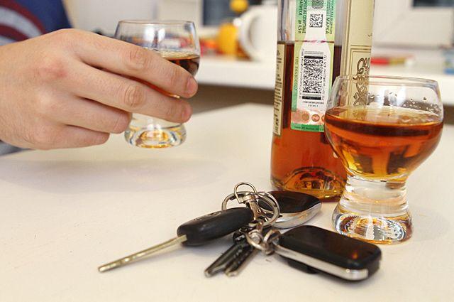 Из-за пьяного водителя дети оказались в опасности.