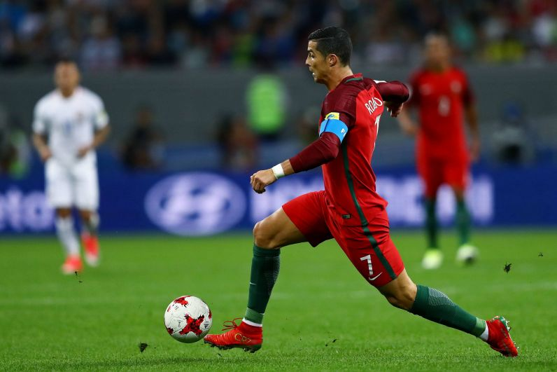 Роналду не удалось забить гол Чили.