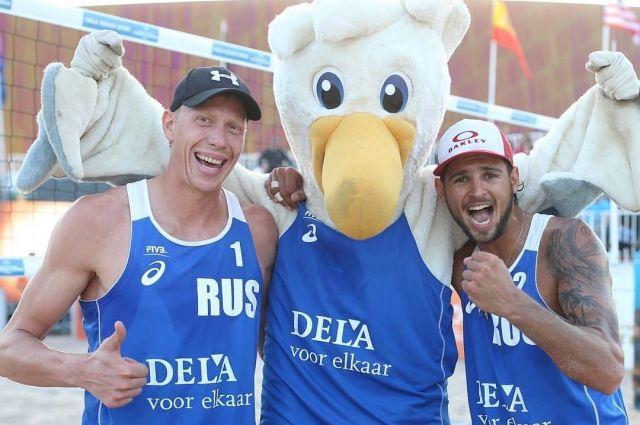 Никита Лямин (слева) и Вячеслав Красильников налаживают взаимопонимание.