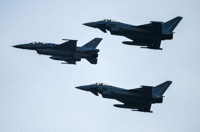 Генсек НАТО высказался по поводу перехватов самолетов над Балтикой