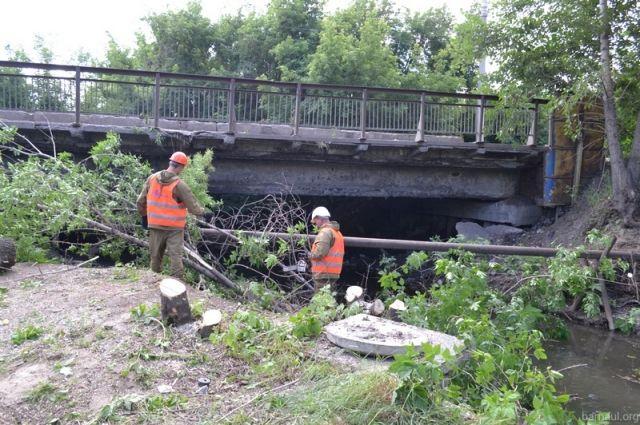 Протяженность моста - 15 метров