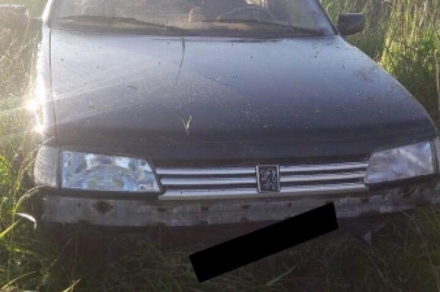 Под Полесском грабители застряли в поле, уходя от полицейской погони.