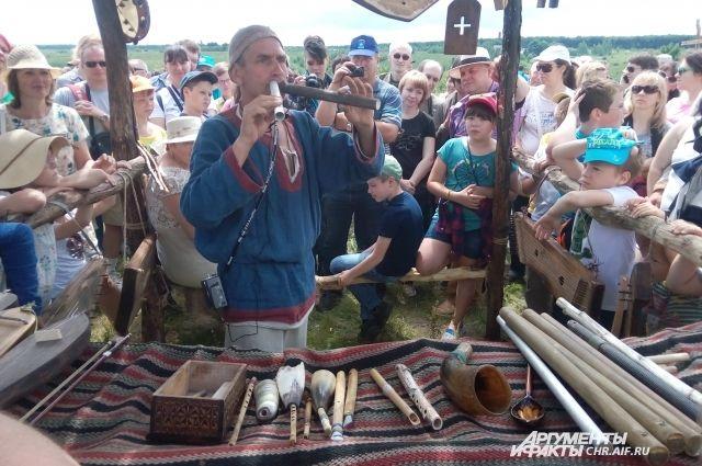 Зрители услышат игру на экзотических инструментах.