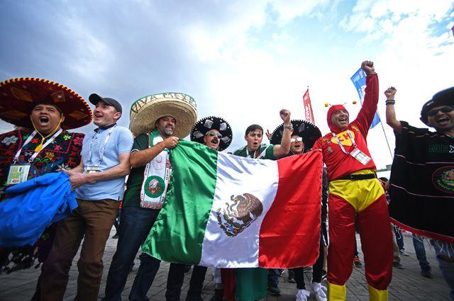 Мексиканские болельщики перед началом матча Кубка конфедераций-2017 по футболу между сборными Португалии и Мексики.