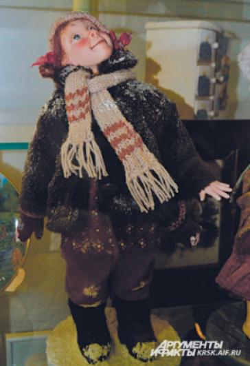 Кукла в шубке.